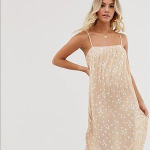 NWT ASOS DESIGN midi pleated textured sundress in spot peach and white 6